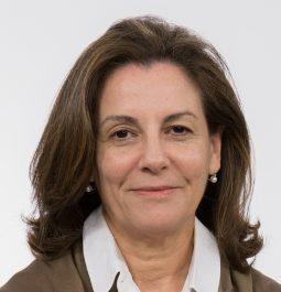 M Teresa Cruz