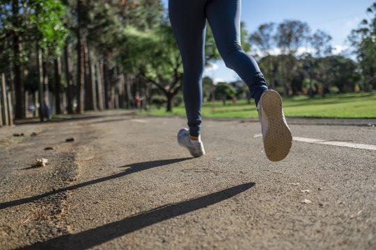 CICS.NOVA conclui que maioria da população reduziu prática de exercício físico durante o confinamento
