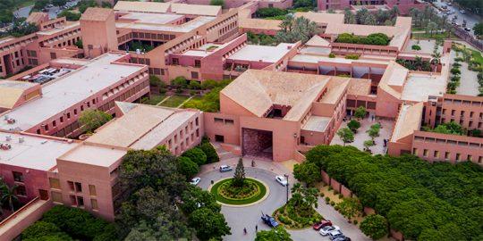 Universidade Aga Khan abre candidaturas para estágios virtuais